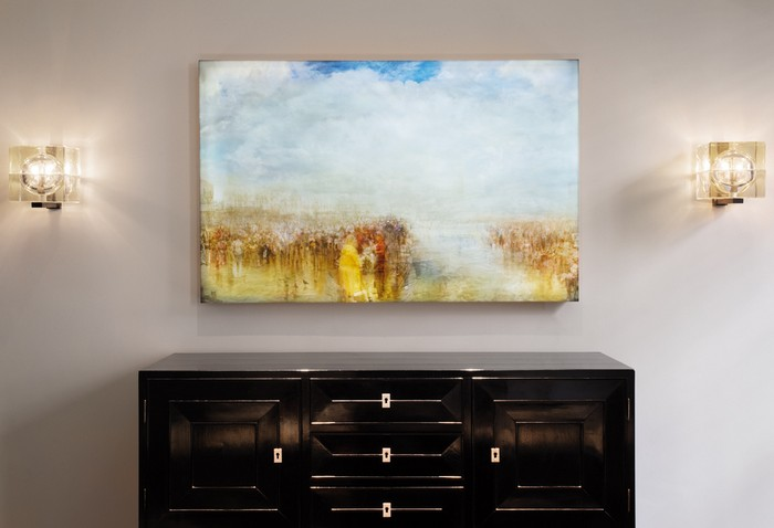 April Russell is a leading interior design company. In her works, you can get art interior ideas full of remarkable artworks and contemporary sculptures. Art interiors Art interiors ideas by April Russell Art interiors ideas by April Russell furniture I Lobo You5
