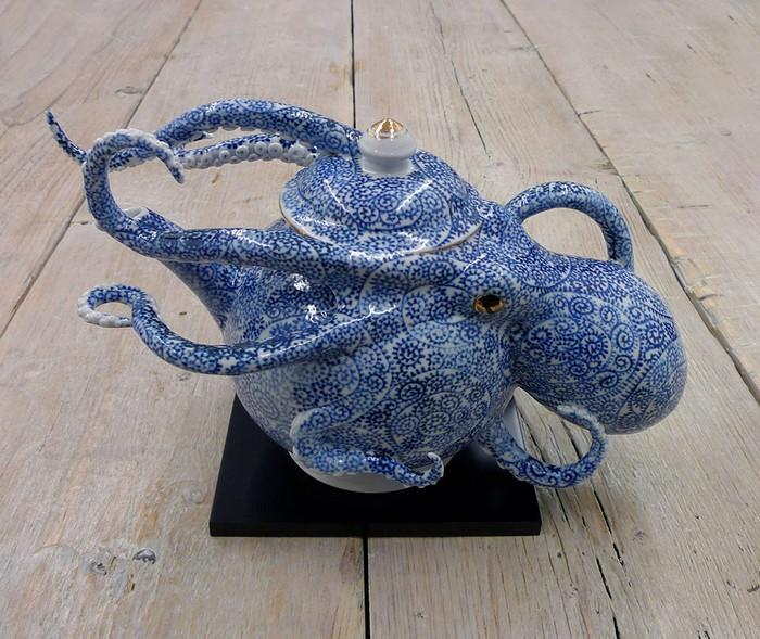 ceramic art Ceramic art by Keiko Masumoto Ceramic art by Keiko Masumoto I lobo you10
