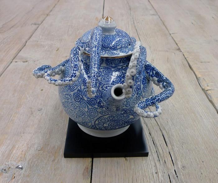 ceramic art Ceramic art by Keiko Masumoto Ceramic art by Keiko Masumoto I lobo you12