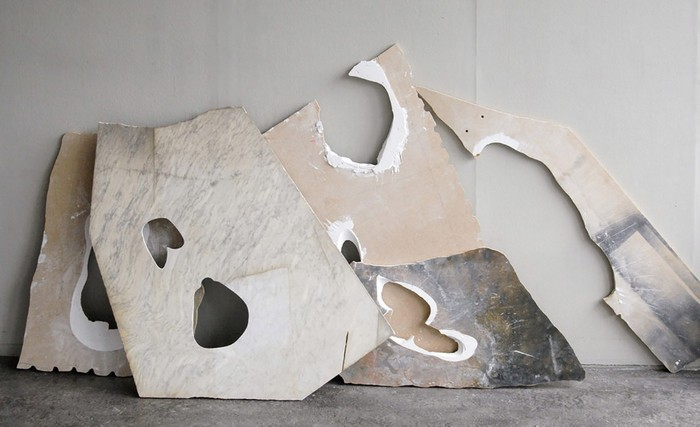 Sculpture tables Marble Sculpture tables by Milena Naef Marble Sculpture tables by Milena Naef furniture I Lobo you4