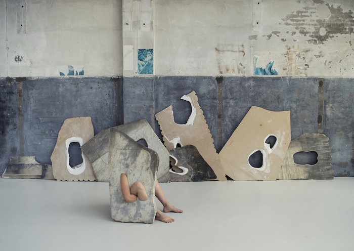 Milena Naef comes from a family with heritage in stone sculpting. Maybe that's why her skills are so good and inspiring as the series of marble sculpture tables