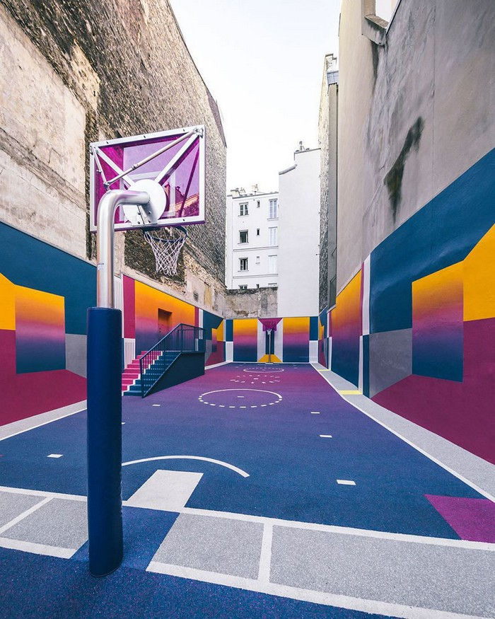 Paris just got even cooler, with a new colorful Basketball Court. A neon technicolor basketball court with some serious 80's video game undertones.