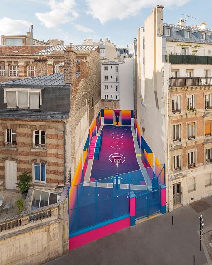 Basketball Court New colorful Basketball Court in Paris New colorful Basketball Court in Paris artists I Lobo you6