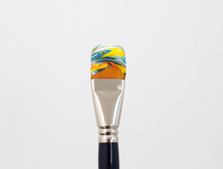 Summer, the ideal time for ice creams... and José Lourenço had this amazing idea of creating art photographyof brushes resemblinglike ice creams.