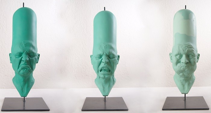 Francisco Esnayra works consists mainly of sculptures that seek to externalize, the feelings contained in people, expressing different emotion faces.