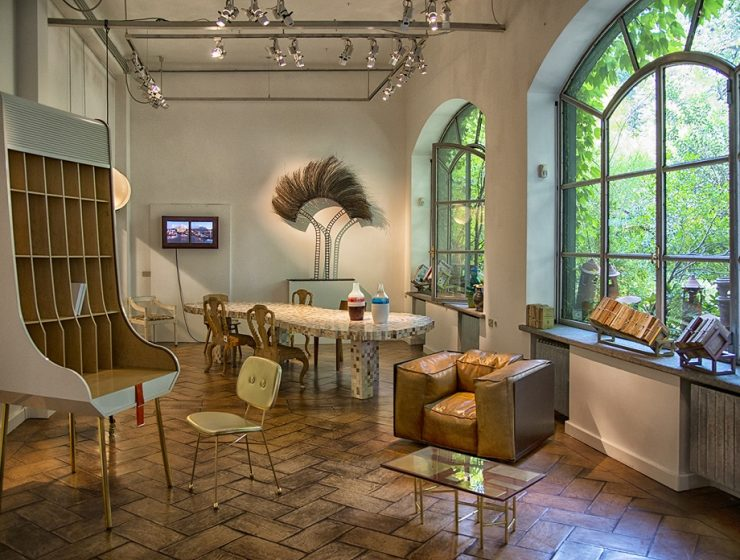 Rossana Orlandi is a renowned design gallery owned by the same named designer. Another great treasure of the Italian design scenario.