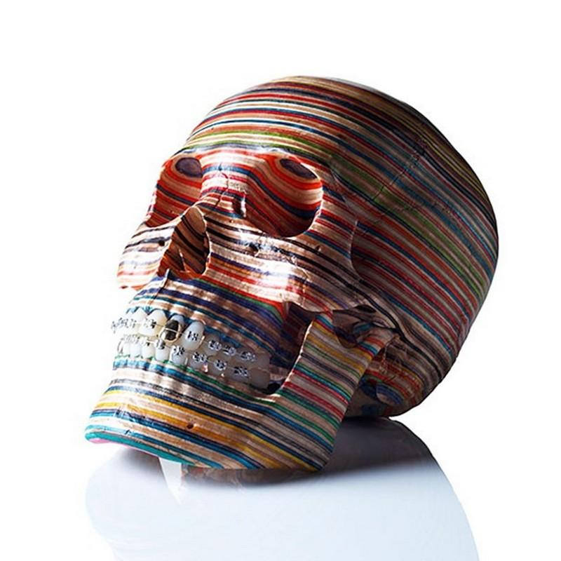 sculptures Haroshi Creates Sculptures Out Of Skateboard Deck haroshi i lobo you 1