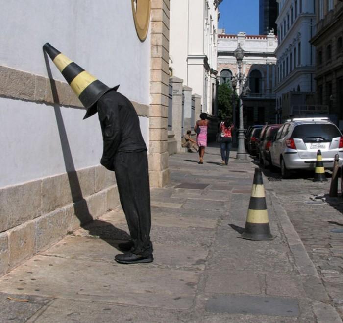 Weird Street Art By Mark Jenkins street art Weird Street Art By Mark Jenkins mark jenkins i lobo you 7