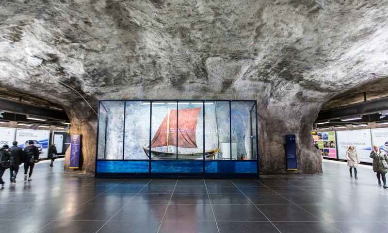 art gallery Stockholm Metro: The World's Longest Art Gallery stockholm metro i lobo you 4