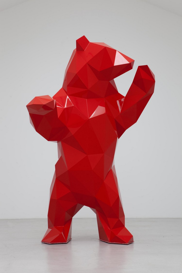 sculptures Bold and Hypnotizing Sculptures by Xavier Veilhan xavier veilhan i lobo you 1