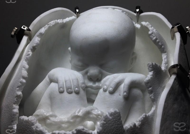 The Modern Michelangelo Creates Realistic Sculptures