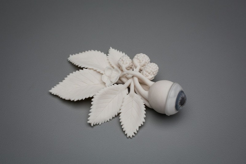 sculptures Human and Natural Elements in Sculptures by Kate MacDowell kate mcdowell i lobo you3