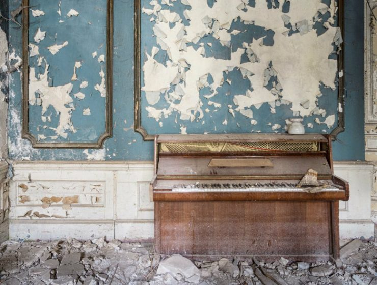 Art Photography Romain Thiery Captures Broken Pianos As Art Photography cover 3 740x560