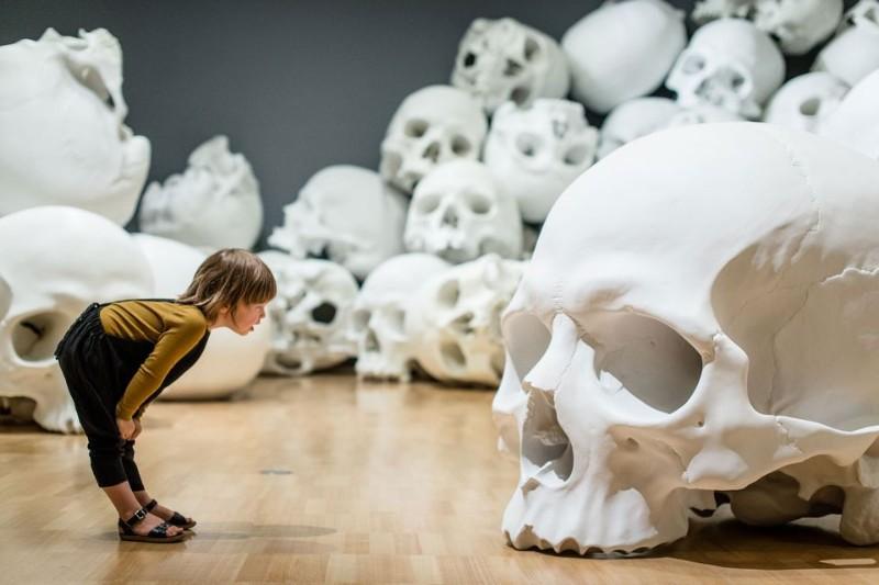 Skull Sculptures In A Room in Melbourne skull sculpture Skull Sculptures In A Room in Melbourne Sculptures of Skulls In A Room in Melbourne 1