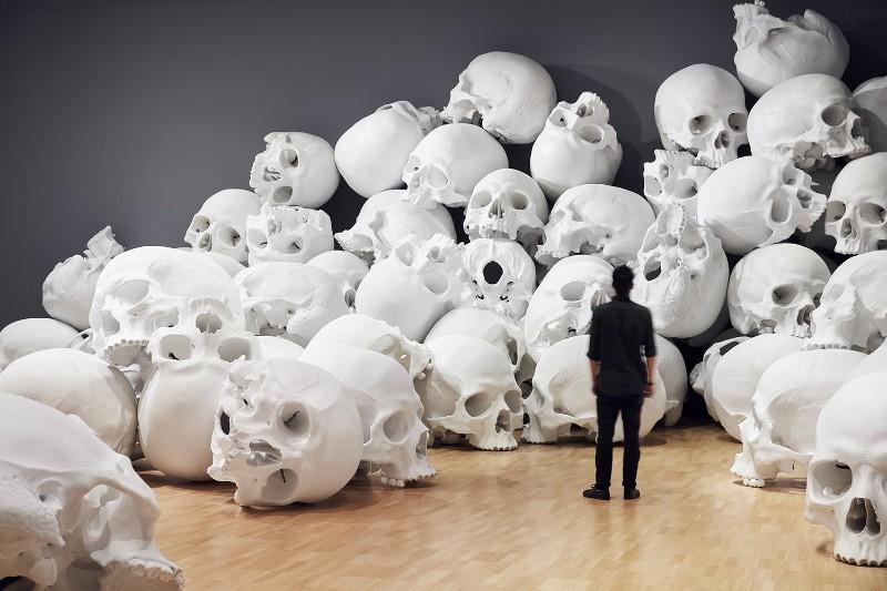 skull sculpture Skull Sculptures In A Room in Melbourne Sculptures of Skulls In A Room in Melbourne 2
