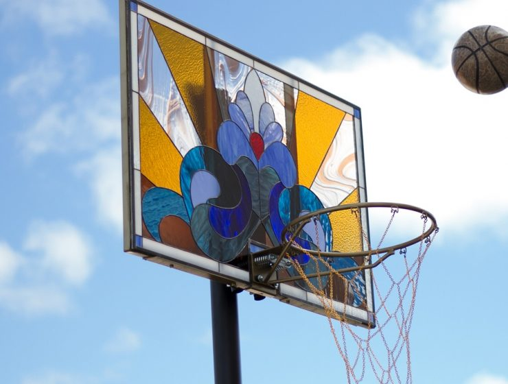 Victor Solomon is an artist dedicated to embellishour basketball days by giving an artistic side to basketball tables.