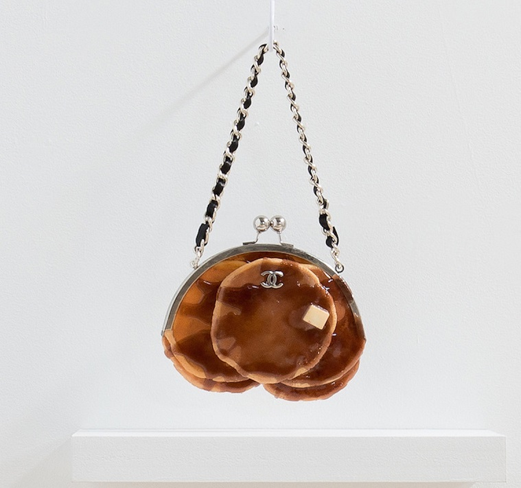 Bread Bags is a project by American artist Chloe Wise that mixes the world of fashion with food creating contemporary art in leather, painting, and urethane. Contemporary art Contemporary art: Chloe Wise bread bags 2 Contemporary art Chloe Wise bread bags I Lobo you3
