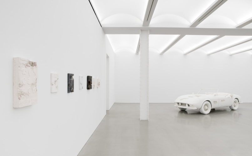 Daniel Arsham will be exhibiting at Perrotin New York until 21 October, an exhibition named 3018. Daniel Arsham Daniel Arsham exhibiting at Perrotin New York Daniel Arsham exhibiting at Perrotin New York I Lobo you 8