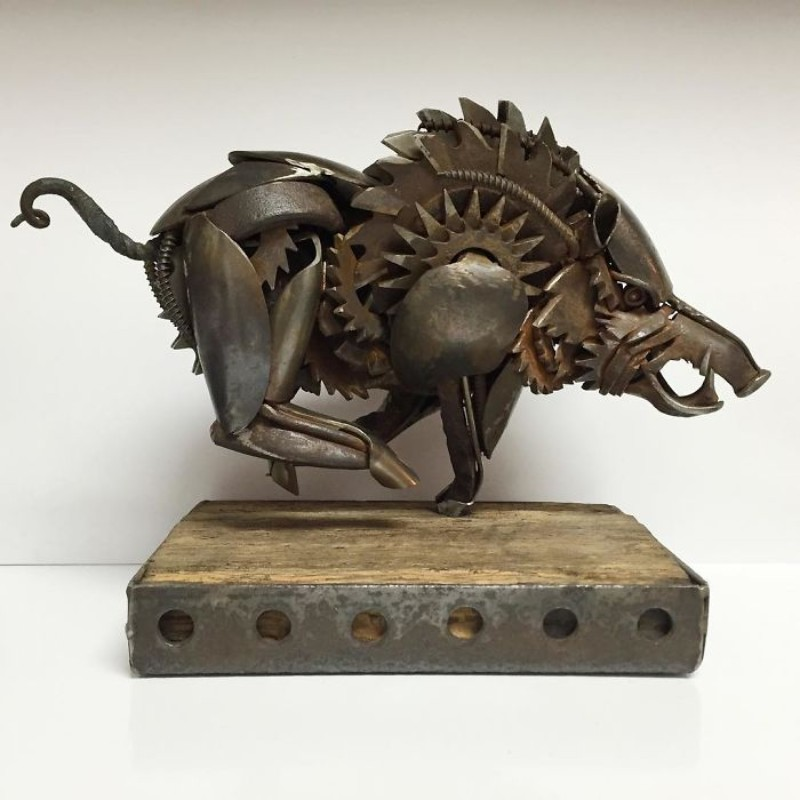 metal sculptures Old Cutlery Gets Transformed into Amazing Metal Sculptures Matt Wilson sculptures 10