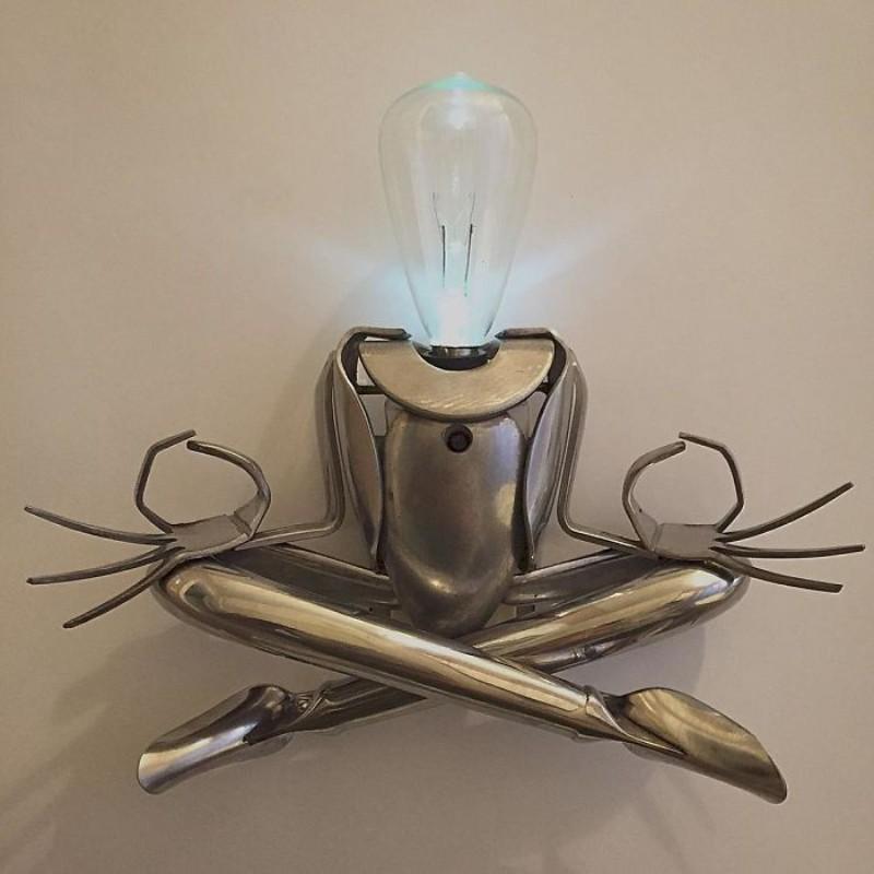 metal sculptures Old Cutlery Gets Transformed into Amazing Metal Sculptures Matt Wilson sculptures 5