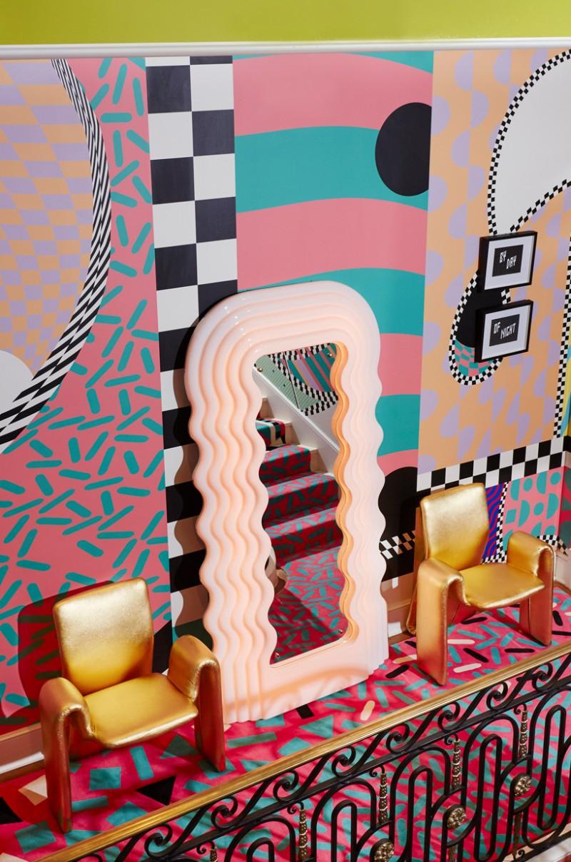 Sasha Bikoff's Bold Art stair art Sasha Bikoff's Bold Stair Art Sasha Bikoff   s Bold Art 7