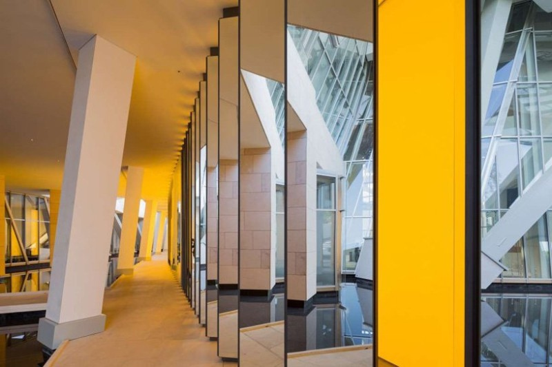 olafur eliasson Olafur Eliasson's Stunning Glass Art Pieces inside the horizon