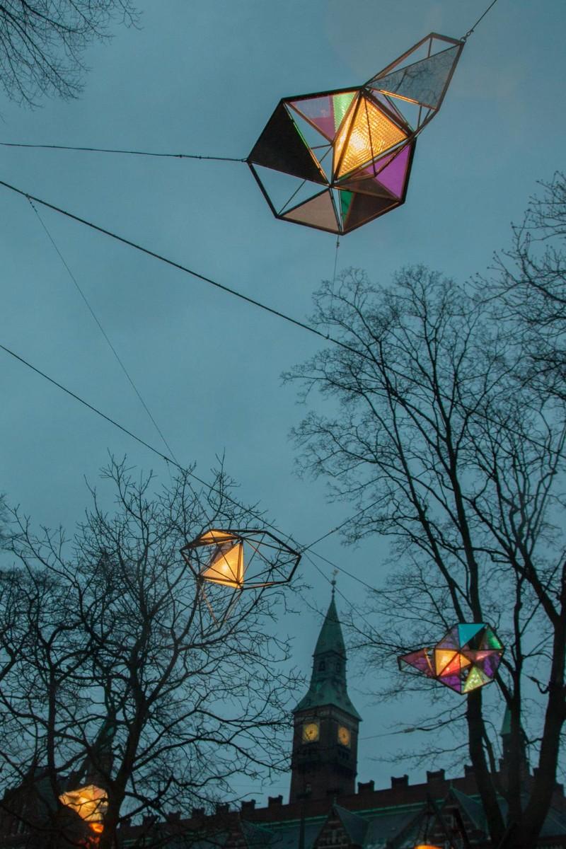 olafur eliasson Olafur Eliasson's Stunning Glass Art Pieces little sun light swarm