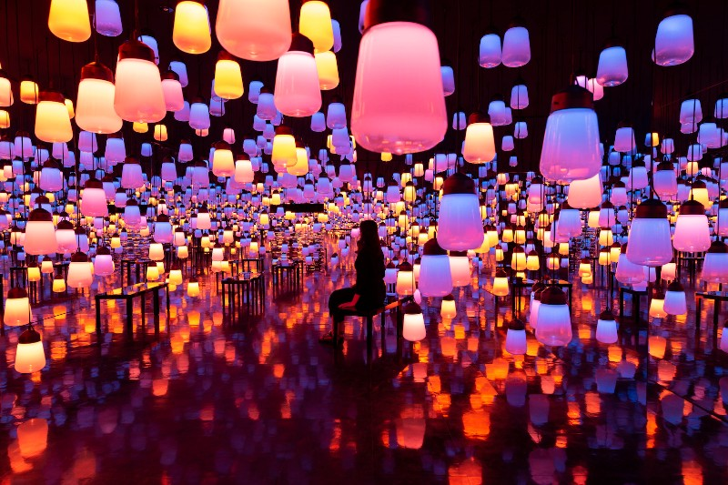 Art Collective Shining Bright with Its New Art Exhibition teamlab TeamLab's Shining Bright with Its New Art Exhibition Art Collective Shining Bright with Its New Art Exhibition 4
