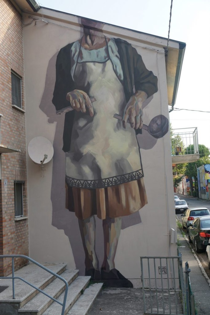 World's Giant Murals Get Dressed Up by Street Artist Hyuro wall murals World's Giant Wall Murals Get Dressed Up by Street Artist Hyuro World   s Giant Murals Get Dressed Up by Street Artist Hyuro 10