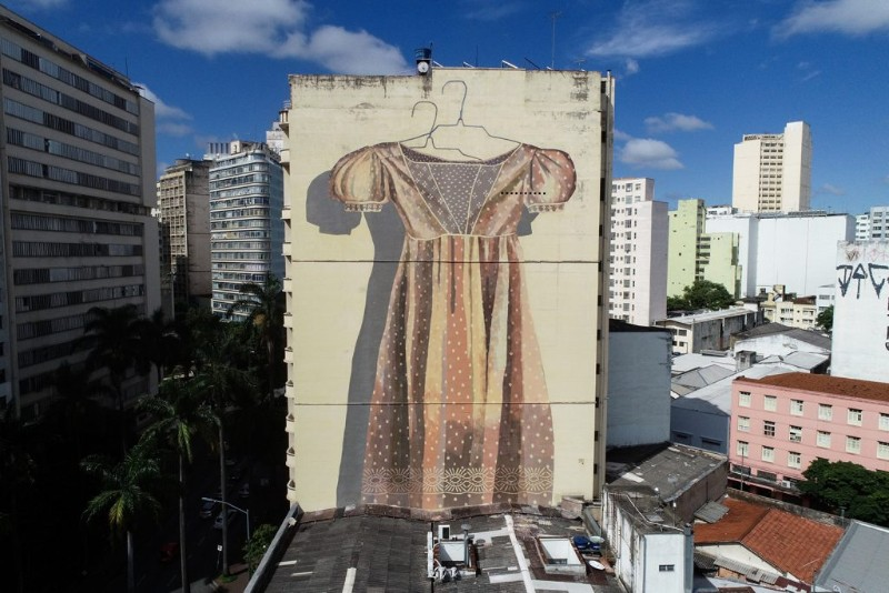 World's Giant Wall Murals Get Dressed Up by Street Artist Hyuro wall murals World's Giant Wall Murals Get Dressed Up by Street Artist Hyuro World   s Giant Murals Get Dressed Up by Street Artist Hyuro 2