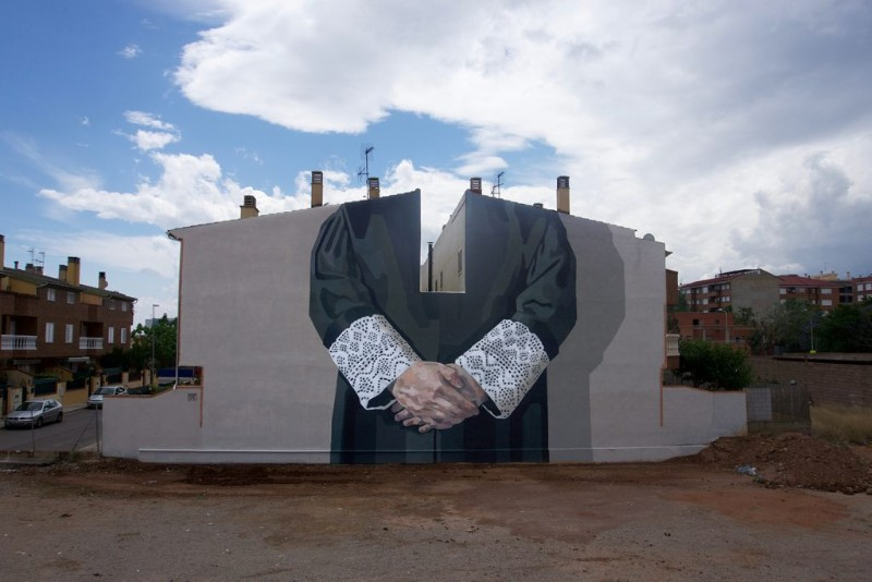 World's Giant Murals Get Dressed Up by Street Artist Hyuro wall murals World's Giant Wall Murals Get Dressed Up by Street Artist Hyuro World   s Giant Murals Get Dressed Up by Street Artist Hyuro 6