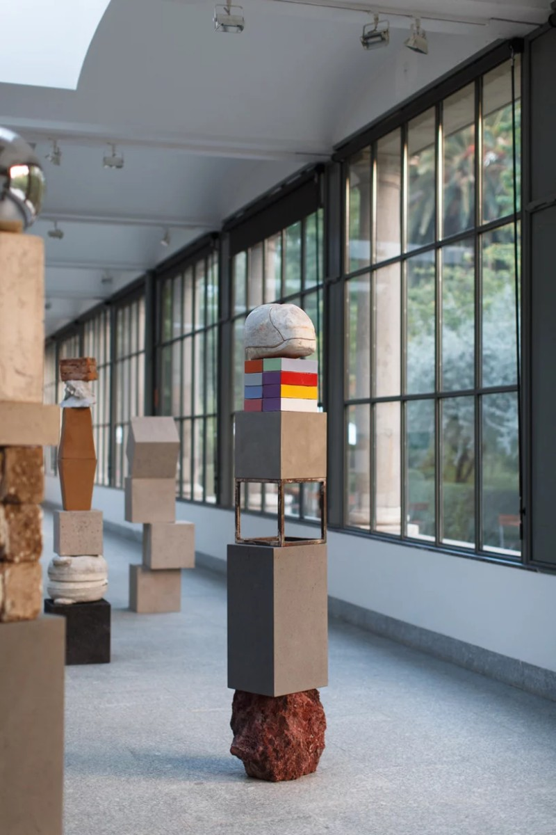 Jose Davila's New Exhibition Traces The History of Sculpture Art Jose Davila Jose Davila's New Exhibition Traces The History of Sculpture Art Davila   s New Exhibition Traces The History of Sculpture Art 11