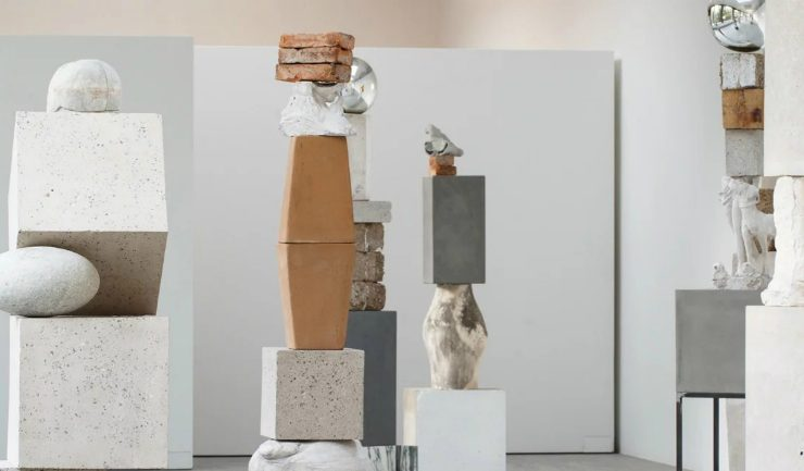Jose Davila Jose Davila's New Exhibition Traces The History of Sculpture Art Davila   s New Exhibition Traces The History of Sculpture Art feature 740x433