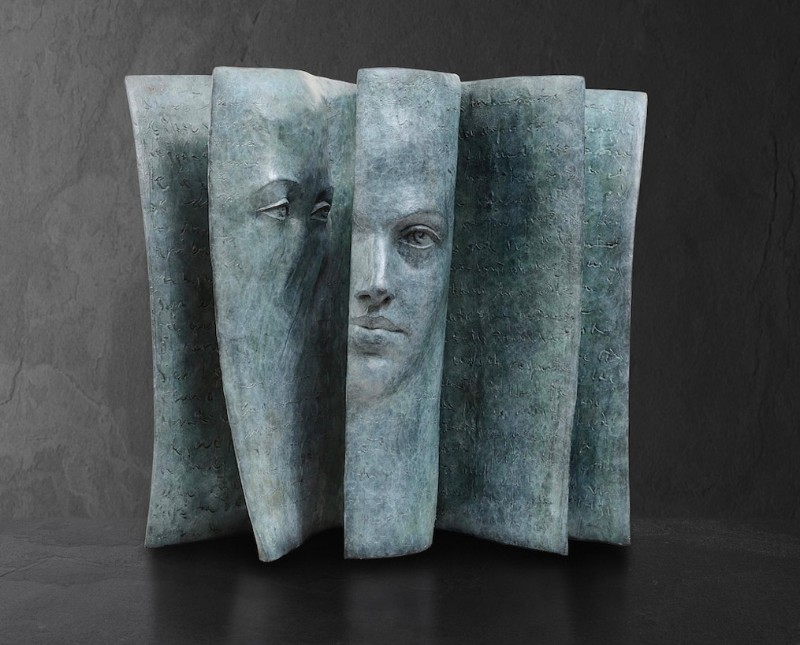 Stunning Bronze Sculptures by Paola Grizi Book Sculptures Stunning Bronze Book Sculptures by Paola Grizi Stunning Bronze Sculptures by Paola Grizi 3