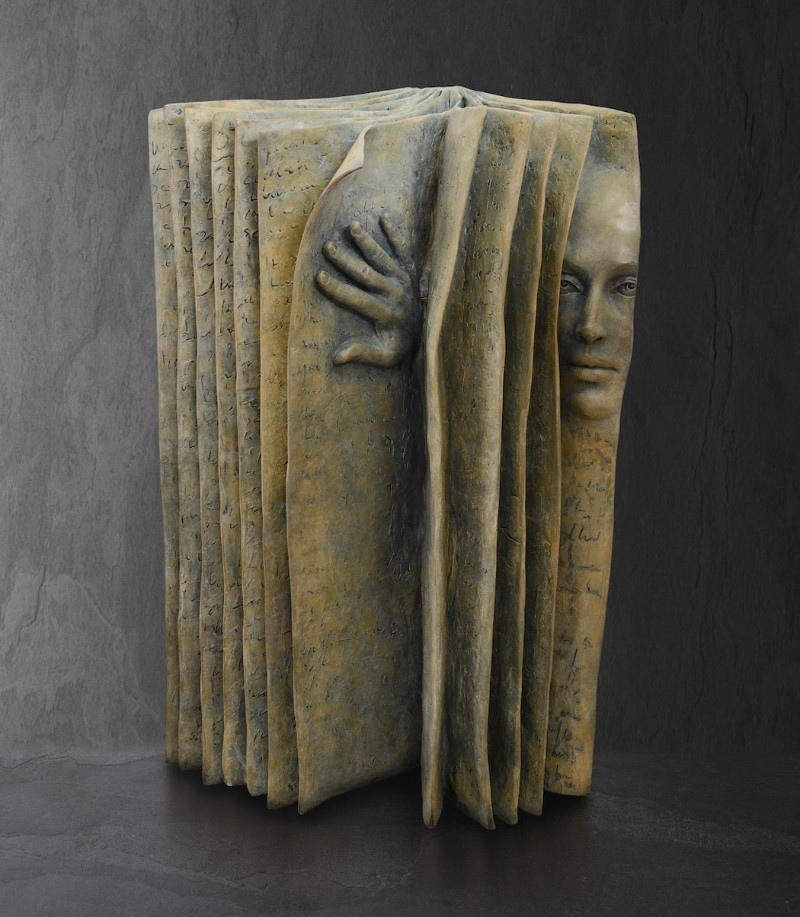 Stunning Bronze Sculptures by Paola Grizi Book Sculptures Stunning Bronze Book Sculptures by Paola Grizi Stunning Bronze Sculptures by Paola Grizi 5