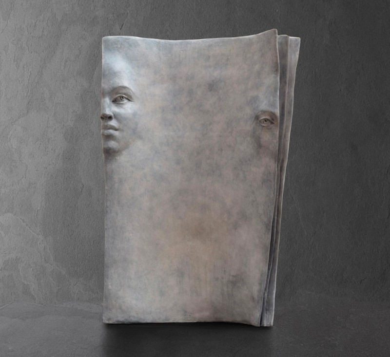 Stunning Bronze Sculptures by Paola Grizi Book Sculptures Stunning Bronze Book Sculptures by Paola Grizi Stunning Bronze Sculptures by Paola Grizi 9