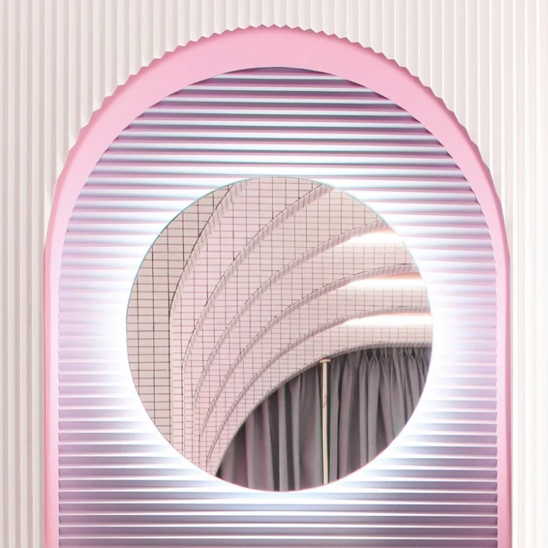 A Retro-Futuristic Dressing Room Design by Patricia Bustos dressing room design Wonder Galaxy – Patricia Bustos' Retro-Futuristic Dressing Room Design A Retro Futuristic Dressing Room by Patricia Bustos 5