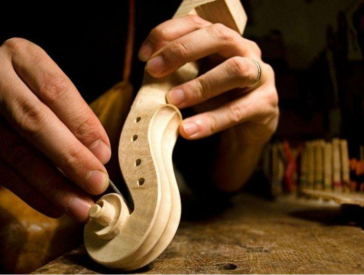 craftsmanship The Wonders of The Italian Craftsmanship: Behind The Scenes The Wonders of The Italian Arts and Crafts Behind The Scenes 1 740x560