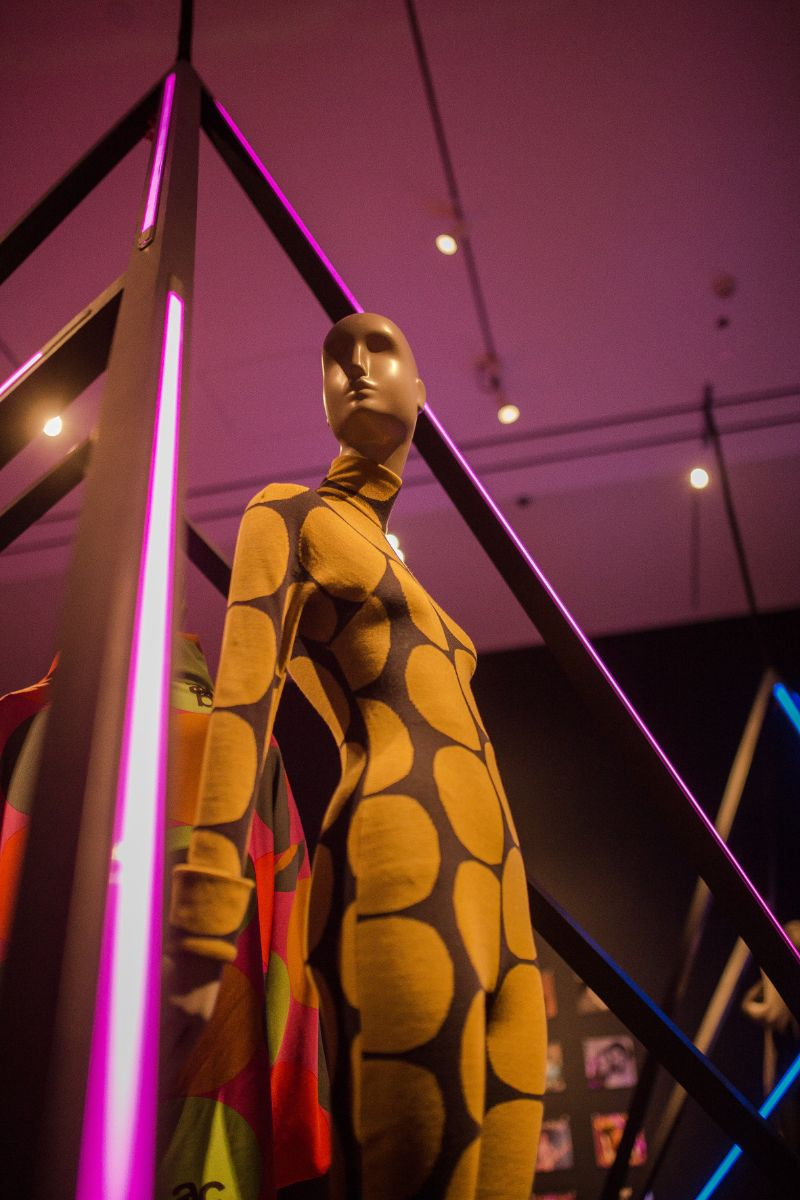 Fashion Exhibition - A Century of Style that Dares to Break the Rules fashion exhibition Fashion Exhibition – A Century of Style that Dares to Break the Rules A Century of Style that Dares to Break the Rules 9