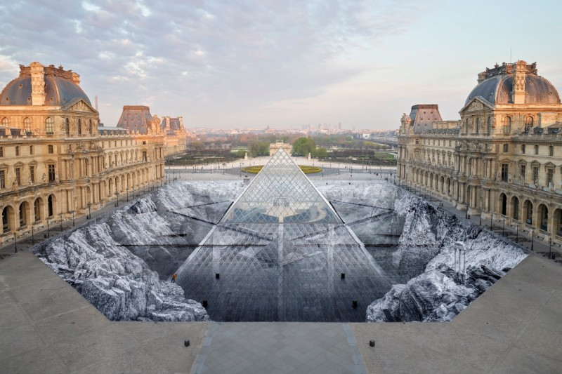 Louvre's Paper Art Installation Torned To Shreds By Visitors louvre Louvre's Paper Art Installation: A Mesmerizing Optical Illusion Effect Paper Art Installation Torned To Shreds By Visitors 7