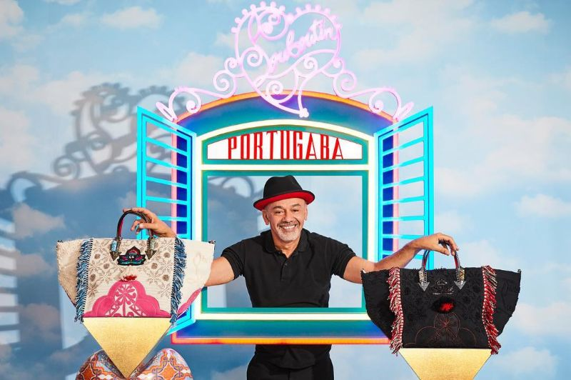 Introducing The Portugaba - Louboutin's New Bag Made in Portugal louboutin Introducing The Portugaba – Louboutin's New Bag Made in Portugal Introducing The Portugaba New Bag Made in Portugal 2
