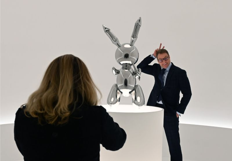 Jeff Koons' 'Rabbit' - The Most Expensive Work Ever by A Living Artist jeff koons Jeff Koons' 'Rabbit' – The Most Expensive Work Ever by A Living Artist JeffKoons Rabbit The Most Expensive Work Ever by A Living Artist 6