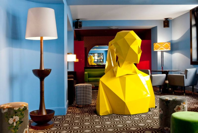 India Mahdavi's Rainbow-Bright Hued Restaurant Designs india mahdavi India Mahdavi's Rainbow-Bright Hued Restaurant Designs Mahdavis Most Flamboyant and Artsy Restaurant Design 8 1