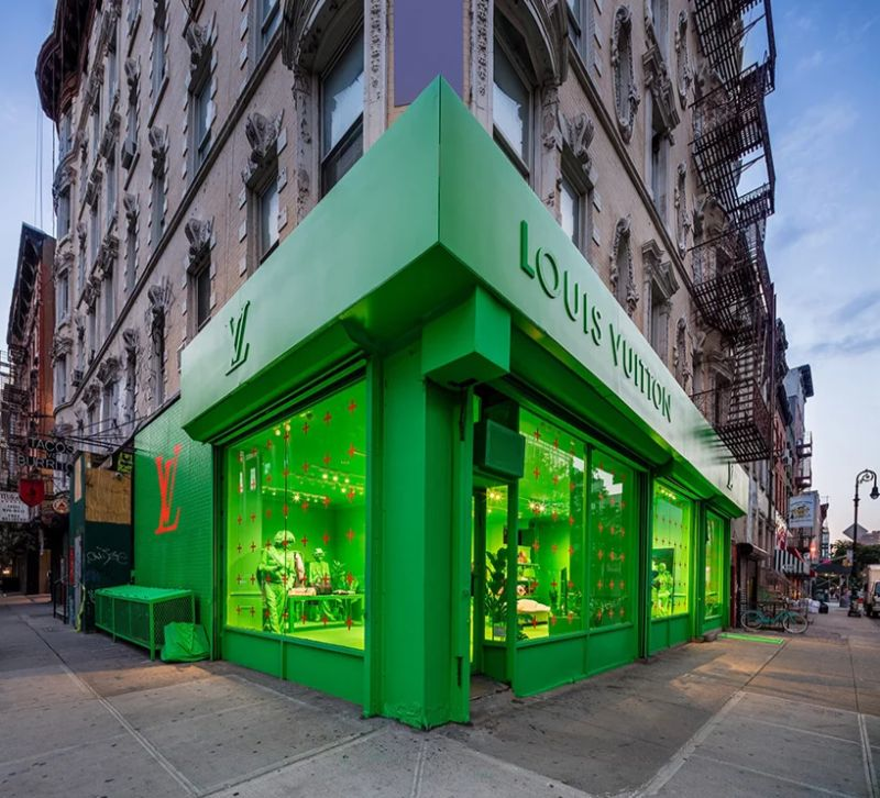 A Splash of Neon Green: Virgil Abloh and Louis Vuitton's Pop-Up Store virgil abloh A Splash of Neon Green: Virgil Abloh and Louis Vuitton's Pop-Up Store A Splash of Neon Green 2