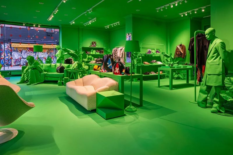 A Splash of Neon Green: Virgil Abloh and Louis Vuitton's Pop-Up Store virgil abloh A Splash of Neon Green: Virgil Abloh and Louis Vuitton's Pop-Up Store A Splash of Neon Green 4