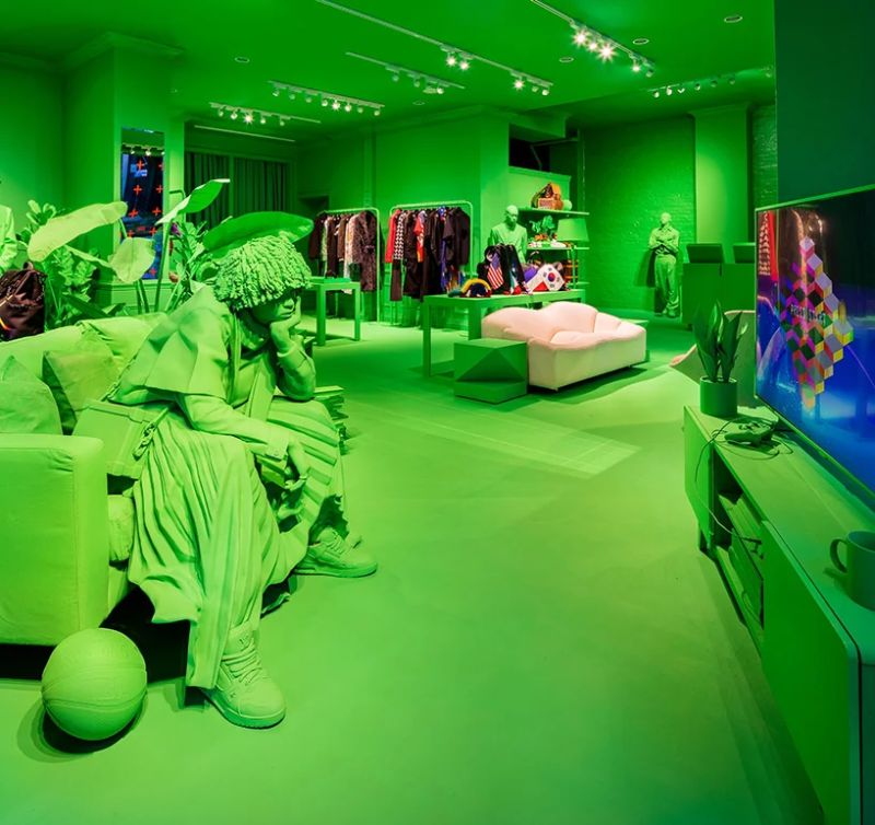 A Splash of Neon Green: Virgil Abloh and Louis Vuitton's Pop-Up Store virgil abloh A Splash of Neon Green: Virgil Abloh and Louis Vuitton's Pop-Up Store A Splash of Neon Green 5
