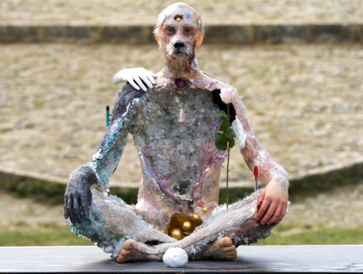 david altmejd David Altmejd Creates Sculptures That Blur Concepts Altmejd Creates Sculptures That Blurs Concepts feature 740x560