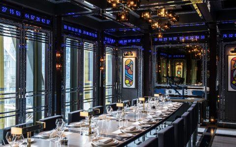 restaurant design Ultra-Camp Meets Ultra-Luxury in A London Restaurant Design Ultra Camp Meets Ultra Luxury in A London Restaurant feature 480x300